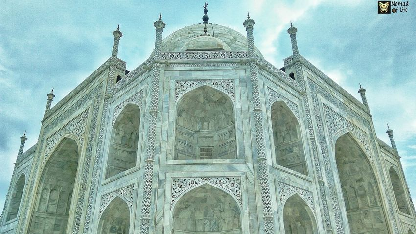 The symmetry of the Taj Mahal is just breathtaking 🇮🇳 Architecture Built Structure Travel Destinations History Low Angle View Tourism No People Travel Building Exterior Place Of Worship Sky Day Dome Outdoors Taj Mahal, Agra Eyeemphotography Symmetry Traveldiary2017 Nomad EyeEm Photography Wanderlust Low Angle View Architecture Dramatic Sky Travelgrams
