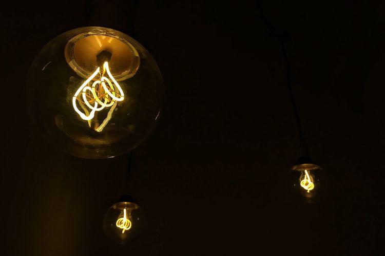 Mood Moody Lights Lights In The Dark Lamp Atmospheric Mood Lighting Equipment Light Painting Illuminated Beauty In Ordinary Things