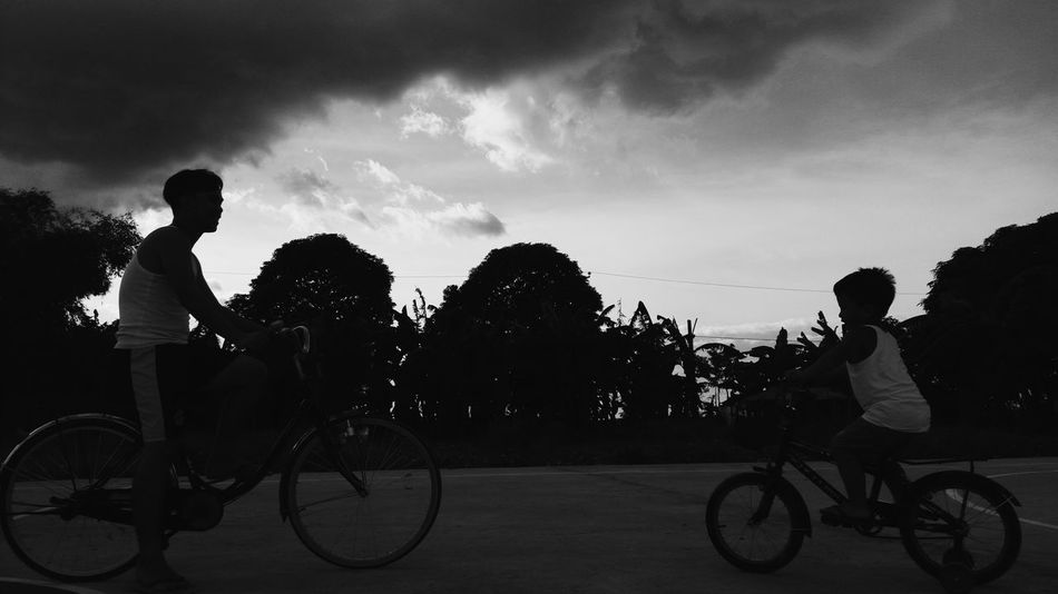 Silhouette Cycling Bicycle Outdoors Cloud - Sky Mood Silhouette Photography Shadows