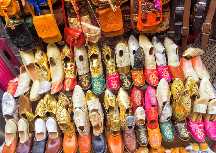 Colorful shoes, bags and belts for sells in the medina in Tunis, Tunisia Leather Medina Mediterranean  Tunis Tunisia Arabic Bag Bags Belts Colorful For Sale Market Market Stall Multi Colored Old Sale Shoe Shoe Store Shoes Shopping Souk Store Tourism Traditional Variety