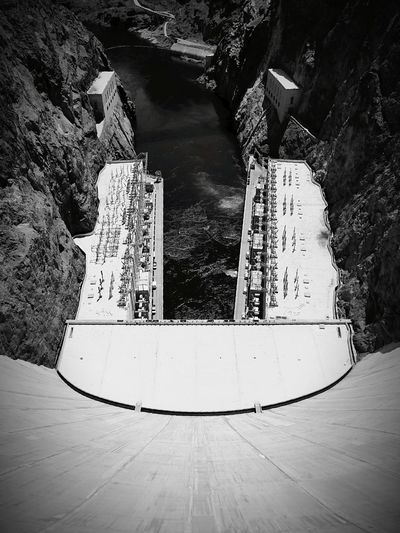 Water Dam Day Outdoors No People The Photojournalist - 2017 EyeEm Awards Blackandwhite Black And White Black & White BlckandwhiteNature Black And White Photography B&w Architecture Architectural Detail The Architect - 2017 EyeEm Awards Mountain Space Sky Astronomy
