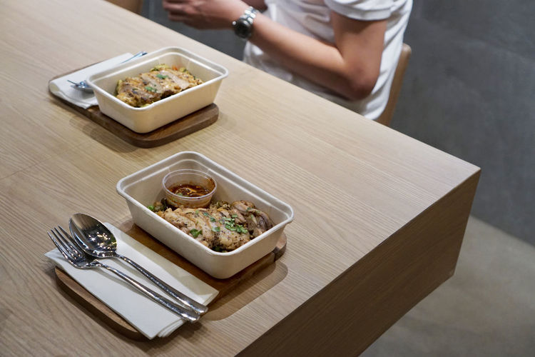 Clean Food Lunch Ready To Eat Spoon Easy Food Food Food And Drink Food Box Food Set Food To Go Foodphotography Healthy Eating Healthy Food High Angle View Lifestyles Lunch Box Ready-to-eat Table