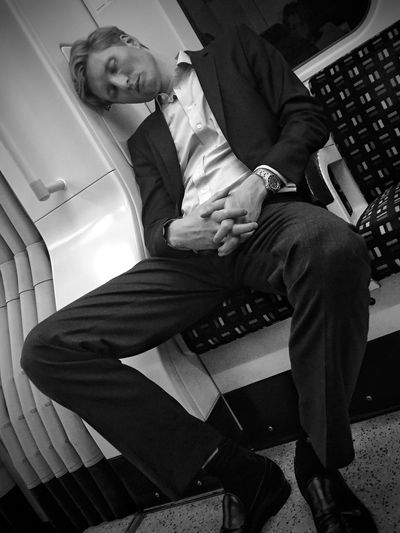 Streetphoto_bw Blackandwhite Street Life London Monochrome Streetphotography Notes From The Underground City Streetphotography_bw NEM Black&white