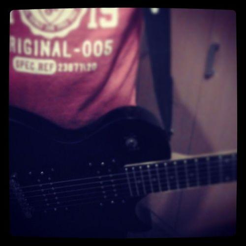 Modestep Tothestars Guitar Sunday music maaadsolo!