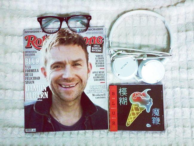 Essentials Musicjunkie Blur Rockband Rollingstonemagazine My Gear Headphones Glasess