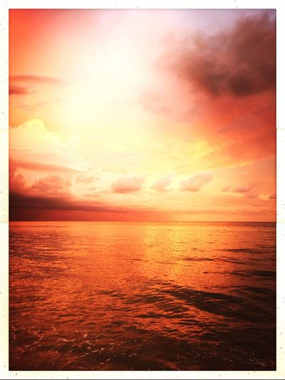 Sea Sunset sanibel sunset Tranquil Scene Sun Nature Beach Sky Outdoors Awe