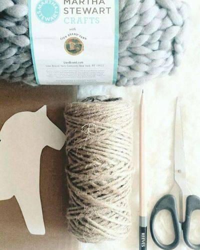 Deck the halls❄❄❄ Ornaments in the making. December Christmas Christmastree Handmade Holiday Decorating Home Decor Scandinavian Nordic Horse Pompoms MarthaStewart Crafts Yarn Gray White Natural Jute
