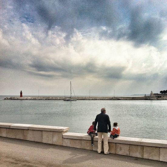 Bella Italia Puglia EyeEm Best Shots Bring Me The Horizon Proud grandpa with his grandchildren