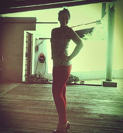 Feels good to like yourself Redpants  Heels LoveYourself Confident  Female Beautiful Tijuana Tijuana, Mexico Sweetselfie Modelgirl Tattooedgirls