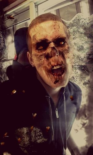Zombied Up!! Lol. 👽😱😇 2016 Picture Follow4follow Follow Likeforlike Like Likeforlike #likemyphoto #qlikemyphotos #like4like #likemypic #likeback #ilikeback #10likes #50likes #100likes #20likes #likere Self Portrait Zombie Apocalypse Zombie Zombiefied Zombieboy