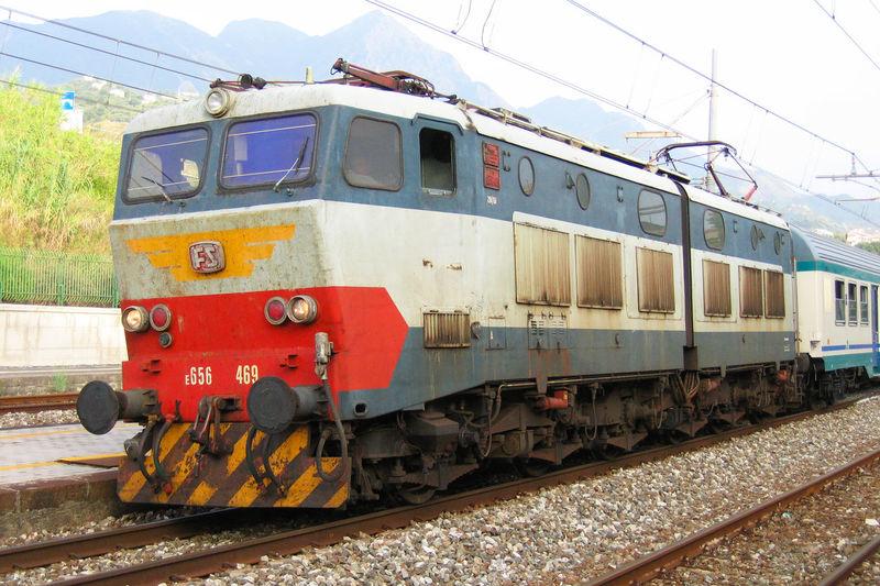 656 Caimano Diamante  E.656 FS Calabria Locomotor Mode Of Transportation Nature Rail Transportation Railroad Track Sky Track Train Train - Vehicle Transportation Travel Trenitalia