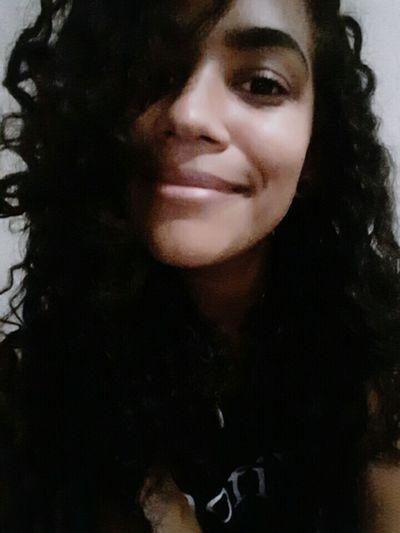 Seriusface Brazilian Girl Cutegirl Nigthpicture Goodnight Happy People Enjoying Life Nofilter Nomakeup Hello World Relaxing Hi! 😄😄😄