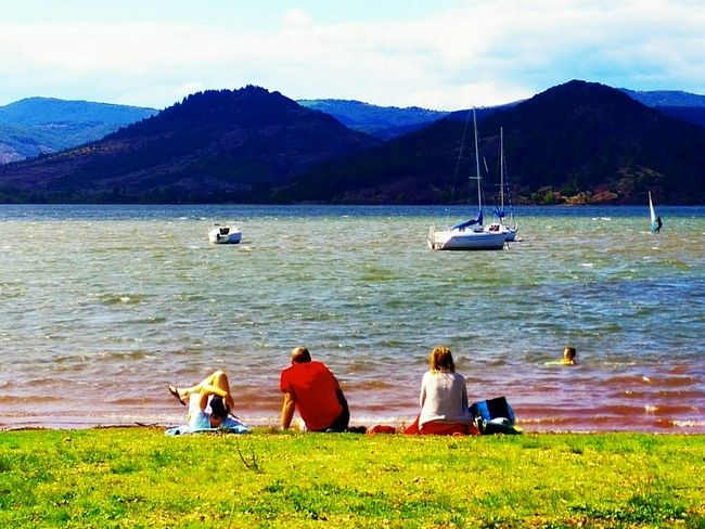 Family Time Landscapes And Lakeviews Swimming Relaxing