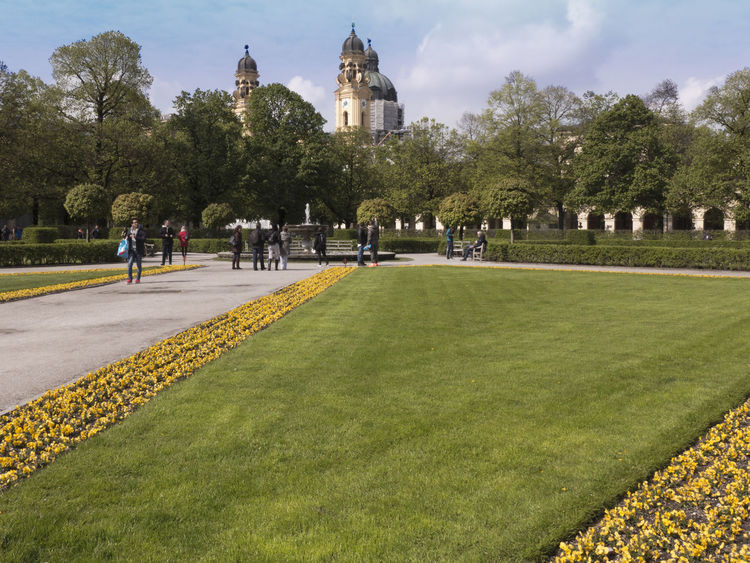 Bavaria City Hofgarten Munich München Sightseeing Yellow Flower Architecture Building Exterior Built Structure Flowers Grass Hedge History Large Group Of People Park Rasen Real People Travel Destinations Tree