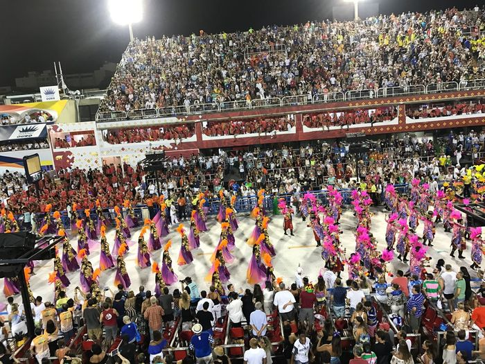Desfile Das Campeãs Carnaval Carioca 2017 Crowd Large Group Of People Spectator Real People Lifestyles Men Women Patriotism Outdoors Sport Stadium Audience Fan - Enthusiast Cheering Sky Match - Sport People Adults Only Day Adult