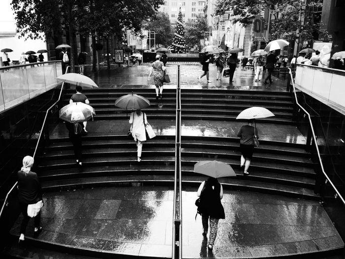 It's Cold Outside & Raining | Blackapp Blackandwhite Photography Everybodystreet Streetphotography