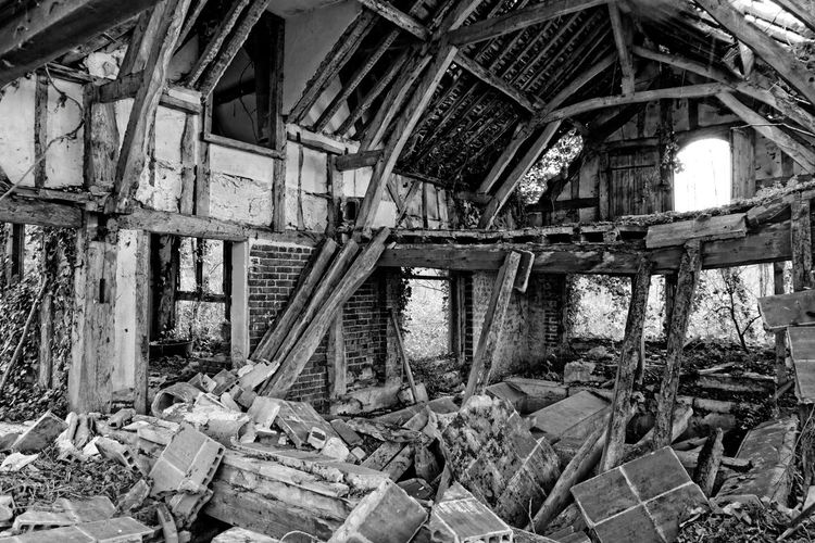Abandoned Abandoned & Derelict Abandoned Places Architecture Black And White Blackandwhite Built Structure Castle Château Château Des Singes Damaged Day Derelict Destruction Exploration Exploring Home Interior Indoors  Moth4fok No People Obsolete Rubble Urbaine Urban Urbex The Architect - 2017 EyeEm Awards EyeEmNewHere Sommergefühle EyeEm Selects