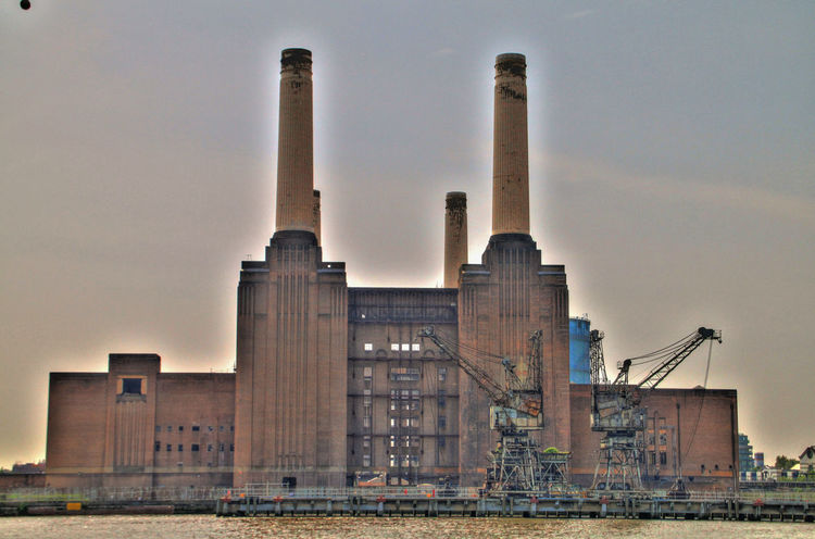Battersea Power Station Architecture Building Exterior Built Structure City Day Industry Lost Places No People