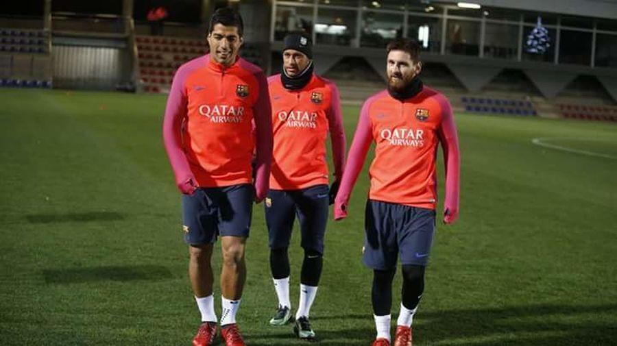 Sport Barcelona♡♥♡♥♡ Msn Soccer Football Spine Soccer Player Sports Uniform Sportsman
