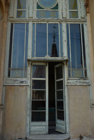 Abandoned Alella Architecture Building Exterior Design Door Doorway Entryway Forgotten Glass Governor Mansion Relection Space Spaın The Secret Spaces Thesecret Time Window