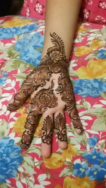 Creativity Art And Craft Art Human Hand Human Body Part Close-up High Angle View Design Henna Tattoo Henna Tattoo ❤ Parasngupta_photography