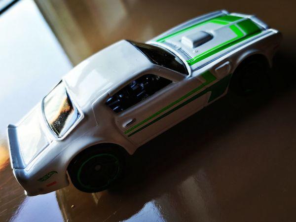 Hot Wheels Heaven Close-up Cars Diecast