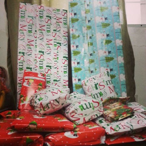 Gifts ready! ChristmasEVe MentosChristmas2014