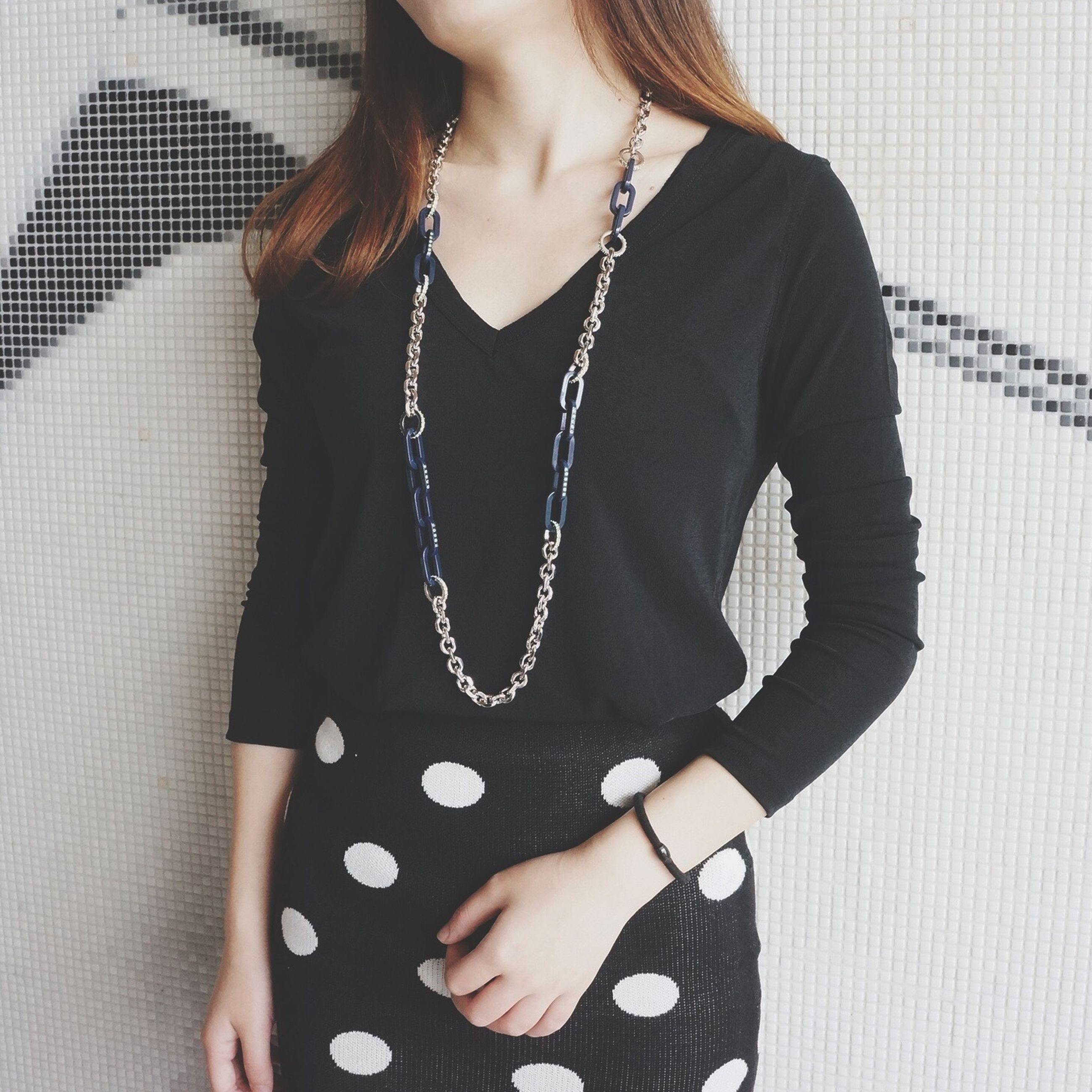 fashion, young adult, casual clothing, fashionable, young women, midsection, necklace, front view, femininity, confidence, youth culture