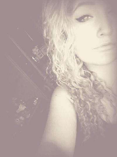 Stand for nothing - fall for anything ~ES~ Taking Photos That's Me Check This Out Hanging Out Selfie ✌ Blueyes Check This Out Curly Hair
