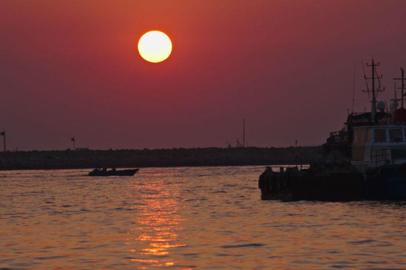 Hong Kong Magic Hour Orange Sky Sunset_collection Nature No People Oranfe Orange Color Orange Sea Outdoors Purple Sky Sea Sky Sun Sunset Tranquility 夕陽 長洲 香港