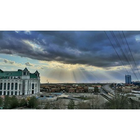 Астрахань весна небо астраханскоенебо облака прогулкапокрыше видизокна безфильтра Astrakhan Astrakhan_people YouAst 30my 30rus My_astrakhan Helloastrakhan Instashot