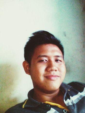 Enjoy That's Me Hi! Enjoying Life