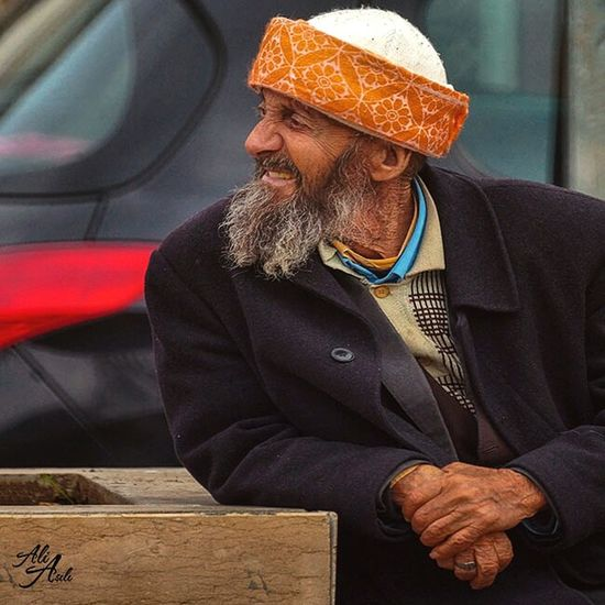 Good morning - Günaydın. ☕ ☺ ? ? 500portraits - 5 500portraits Portrait EyeEm Best Shots - People + Portrait Colour Portrait Old Man Streetphotography EyeEm