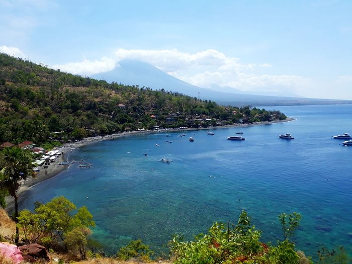 Bay Amed Bali, Indonesia Nature Nature Photography Nature_collection Baliphotography Cuntryside EyeEm Gallery Jemeluk Mount Agung Bali Hill Sea And Sky Sea Life Seaside Viewpoint Date Spot UnderSea Water Swimming Sea Tree Mountain Beach Scuba Diving Reef Tropical Fish Coral Snorkeling Underwater Diving It's About The Journey Skate Photography: Same Tricks, New Perspectives Humanity Meets Technology My Best Photo