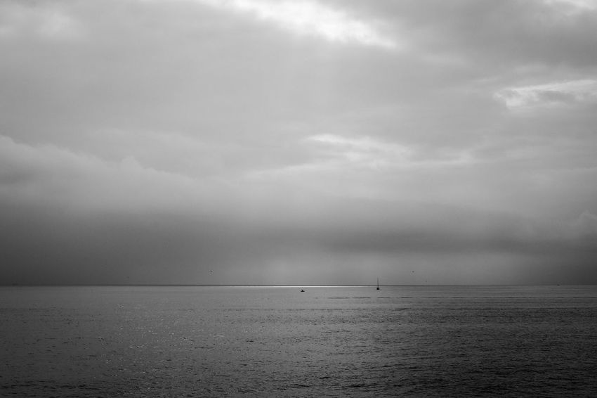 Sea Water Scenics Tranquility Tranquil Scene Sky Beauty In Nature Horizon Over Water Cloud - Sky Nature Waterfront Outdoors Day No People