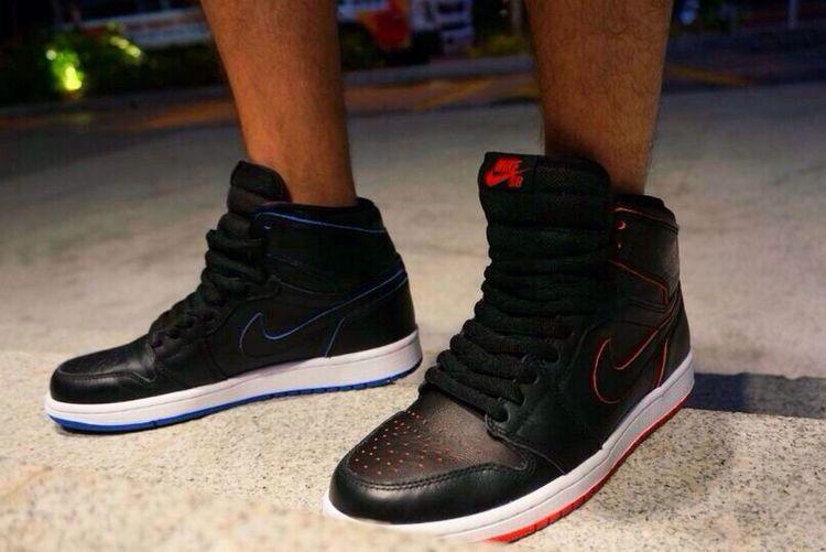 Bred & Royal Sneakers Sneakerhead  Jordans Street Fashion