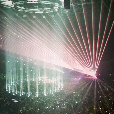 Xo OVO Drizzy Drake  theweeknd abelxo O2 London sick amazing concert live jhene wylat nwts kissland 305 crew