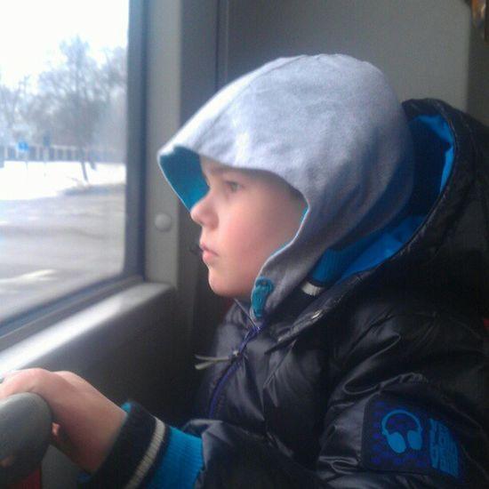 LEOS  Lekland Buss Sportlov På väg till leos lekland. Men det har han inte en aning om. :)