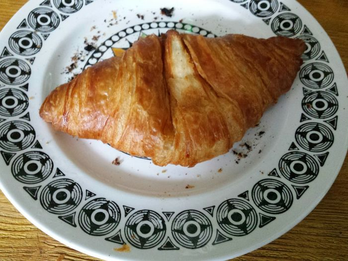 My Favorite Photo Breakfast Morning Treat Croissant Croissants Croissant For Breakfast Croissant Love My Favorite Breakfast Moment Treat Crescent Crispy Plate Food Foodporn Food Porn Foodphotography Food Photography Food Porn Awards Vintage Plate Of Food Table Wood Light And Shadow Warm Amber