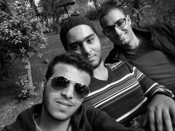 Selfie ✌ : Enjoying The Sun With Friends