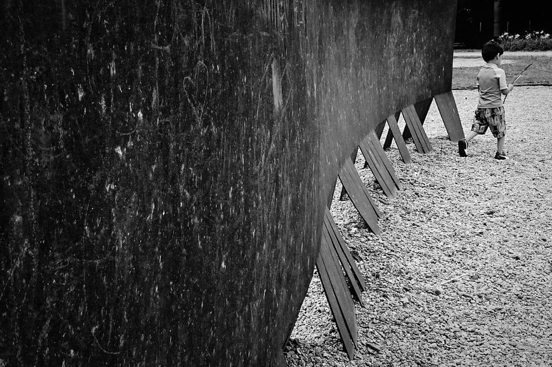 Forgotten kid Forgotten Forgotten Forgetfulness Wall Art Black & White Ibirapuera Park Lonely Loneliness Photography In Motion