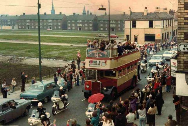 Park Road Liverpool 8. Liverpool home coming 1973.