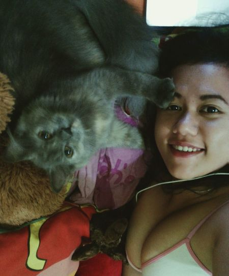Quality time with my Bichy 😻😽✌💗 LATE POST!  Playing With The Animals Catlover ♡ Loadsoffun Cute Selfie