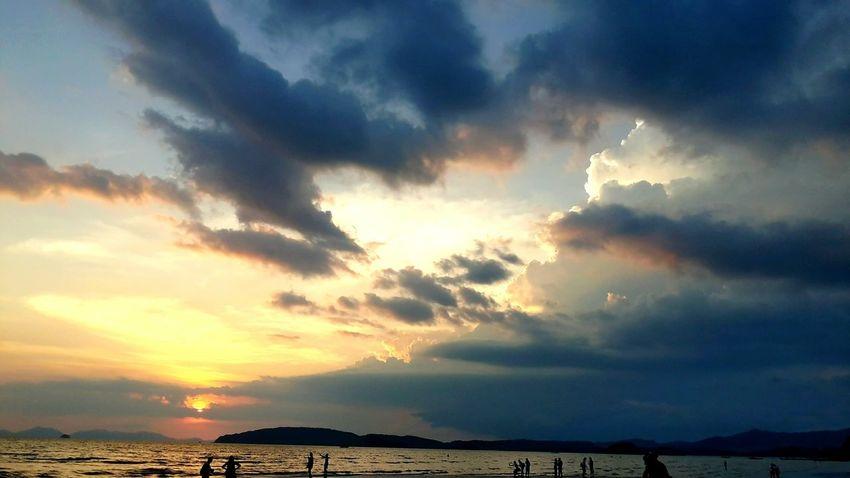 Evening SunSet #beach #sunset #sun #clouds #skylovers #skyporn #sky #beautiful #sunset #clouds And Sky #beach #sun _collection #sunst And Clouds #krabi Thunderstorm Water Sunset Sea Storm Cloud Beach Beauty Dramatic Sky Sky Horizon Over Water