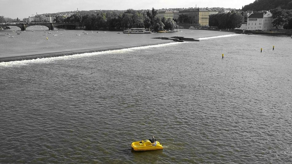 Yellow Color Boating Couples❤❤❤ Two Is Better Than One. Colour Of Life Capture The Moment Minimalism A Bird's Eye View Your Ticket To Europe The Week On EyeEm