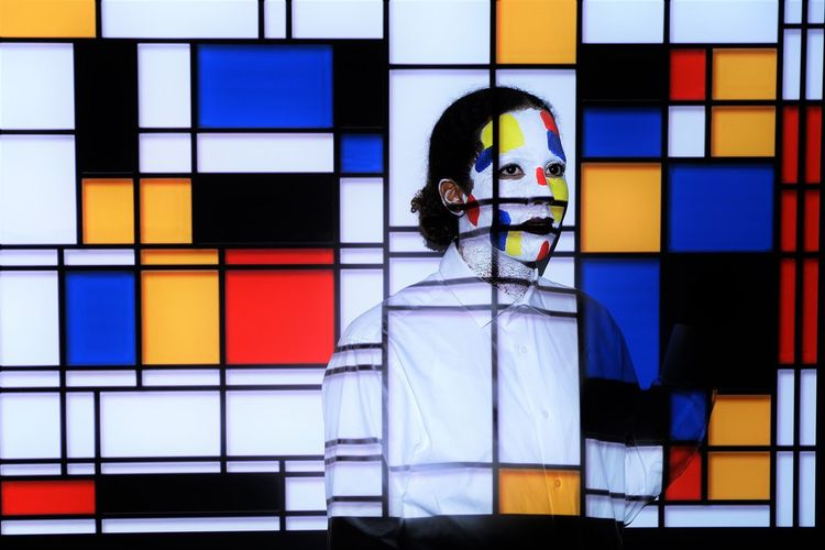 Fun Mondriaan Style Mondrian Piet Mondrian Student Life Basement Studio Expression Indoors  One Woman Only One Young Woman Only Primair Colours Schoolproject