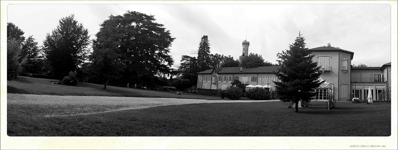 Polaroid Parco Degli Estensi Panorama Panoramic Photography Black And White