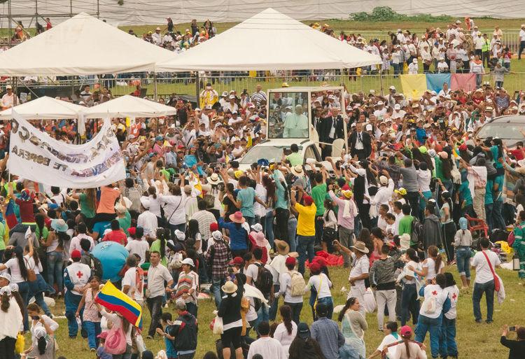 Colombia El Papa El Papa En Colombia PAPA FRANCESCO Papa Francisco Pope Villavicencio Villavicencio Meta Adult Adults Only Crowd Day Enjoyment Large Group Of People Leisure Activity Men People Pope Francis  Real People
