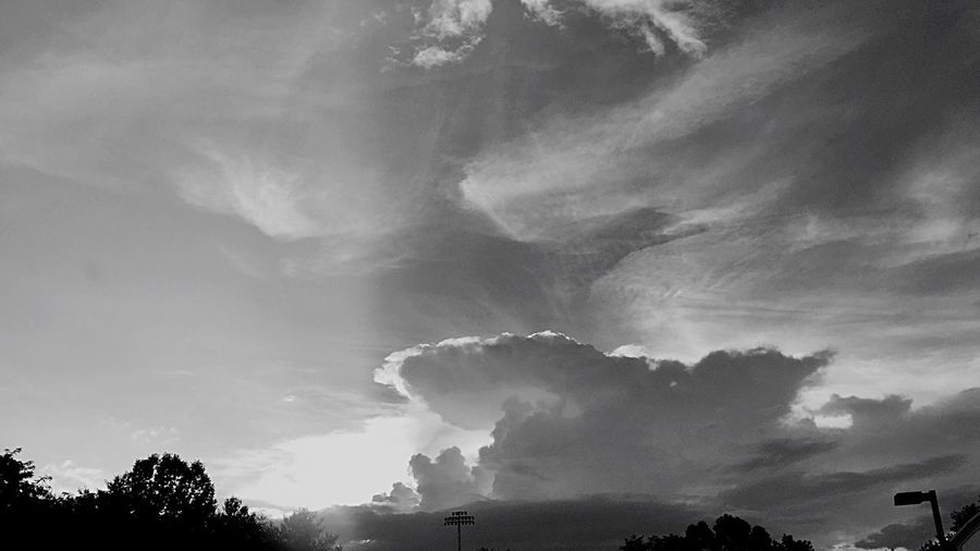 Clouds In The Sky Clouds And Sky Colors B/w Collection Check This Out Taking Photos Natural Art