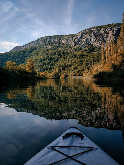 Kayaking on cetina river